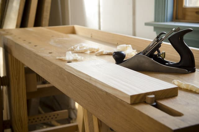 Moravian Workbench Plans: Portable Moravian Workbench with a board and hand plane